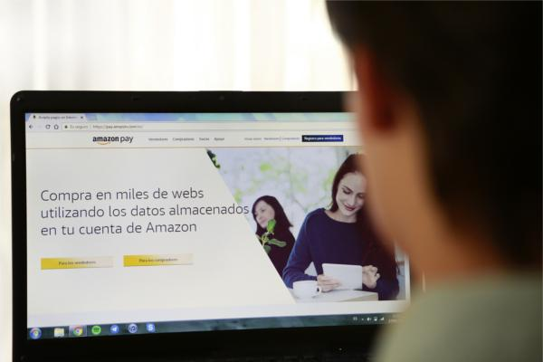 amazon lanza en espaa amazon pay