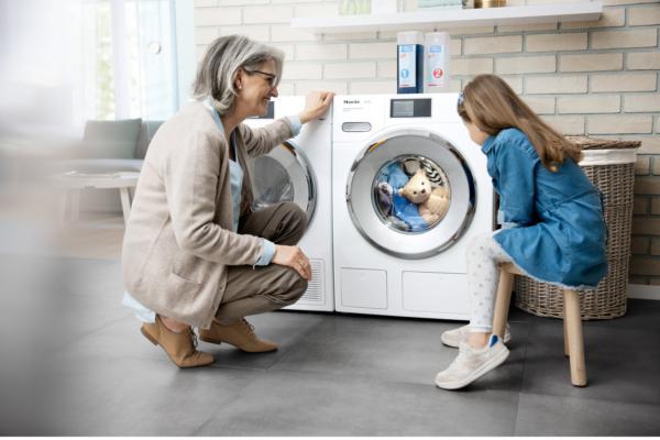 miele refuerza su apuesta por espaa con una campaa televisiva centrada en las lavadoras twindos