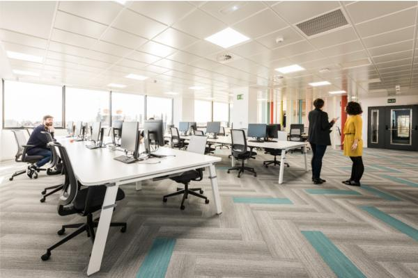 hp ayuda a wizink a crear un entorno de trabajo flexible y colaborativo