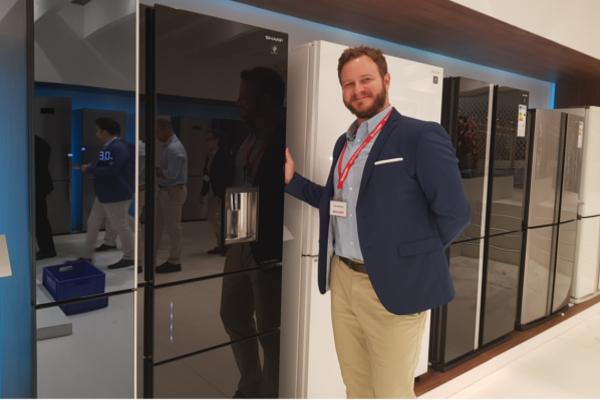 el frigorfico de cinco puertas destaca entre las novedades de sharp en ifa