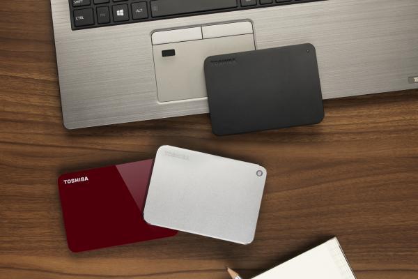 toshiba lanza la evolucin de sus discos duros porttiles canvio