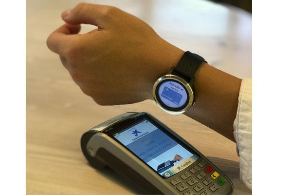 garmin caixabank y visa se alan para facilitar el pago a travs de los dispositivos garmin