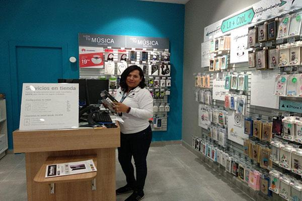 phone house inaugura su primera tienda en getxo vizcaya