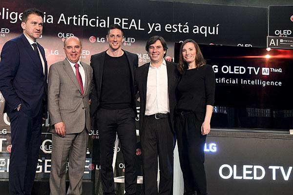 fernando torres pone a prueba la inteligencia artificial de los lg oled tv
