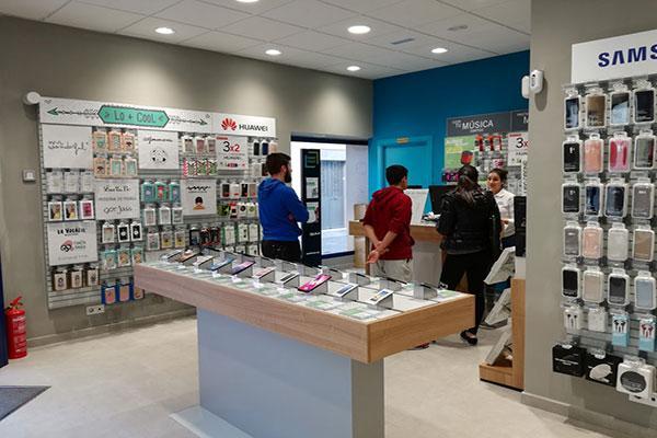phone house inaugura su primera tienda en barbate cdiz