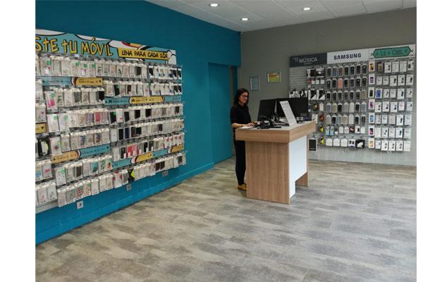 phone house abre sus primeras tiendas en bailn y alcaudete jan