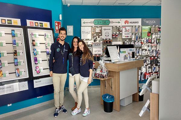 phone house inaugura su segunda tienda en utrera sevilla