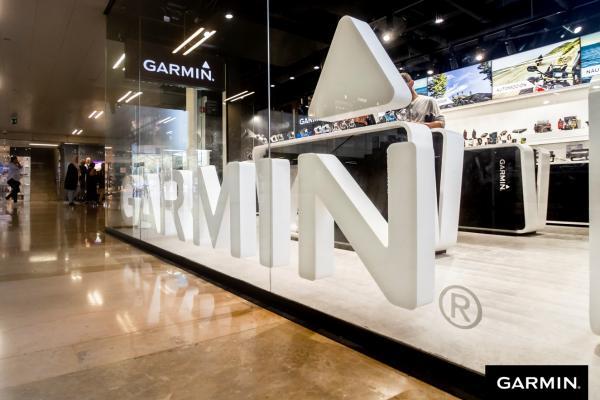 garmin inaugura su primera tienda propia en espaa