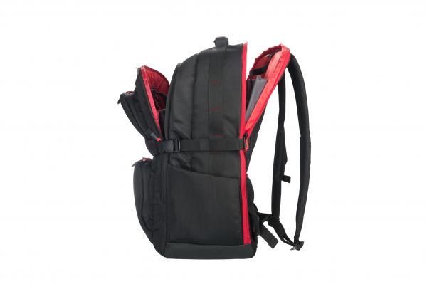 tucano lanza una mochila profesional para gamers