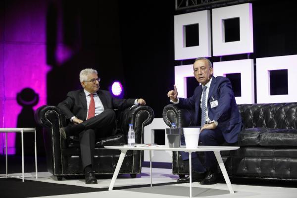 el congreso aecoc se centra en el entorno tecnolgico y los nuevos hbitos de consumo de la mano de la inteligencia artificial y el internet de las cssas