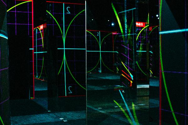 los proyectores epson elegidos para ofrecer una experiencia artstica envolvente del colectivo de arte japons teamlab