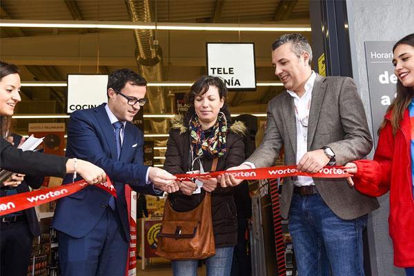 worten villanueva de la serena abre sus puertas la tercera tienda de la compaa en extremadura