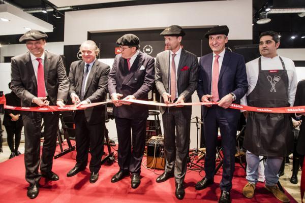 miele inaugura un nuevo miele experience center mec en bilbao