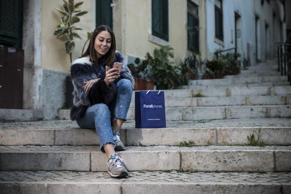 forall phones llega a espaa con lex mrquez y la apertura de su nueva tienda