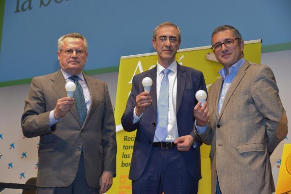 el secretario de estado de medio ambiente recicla la bombilla 200 millones para ambilamp