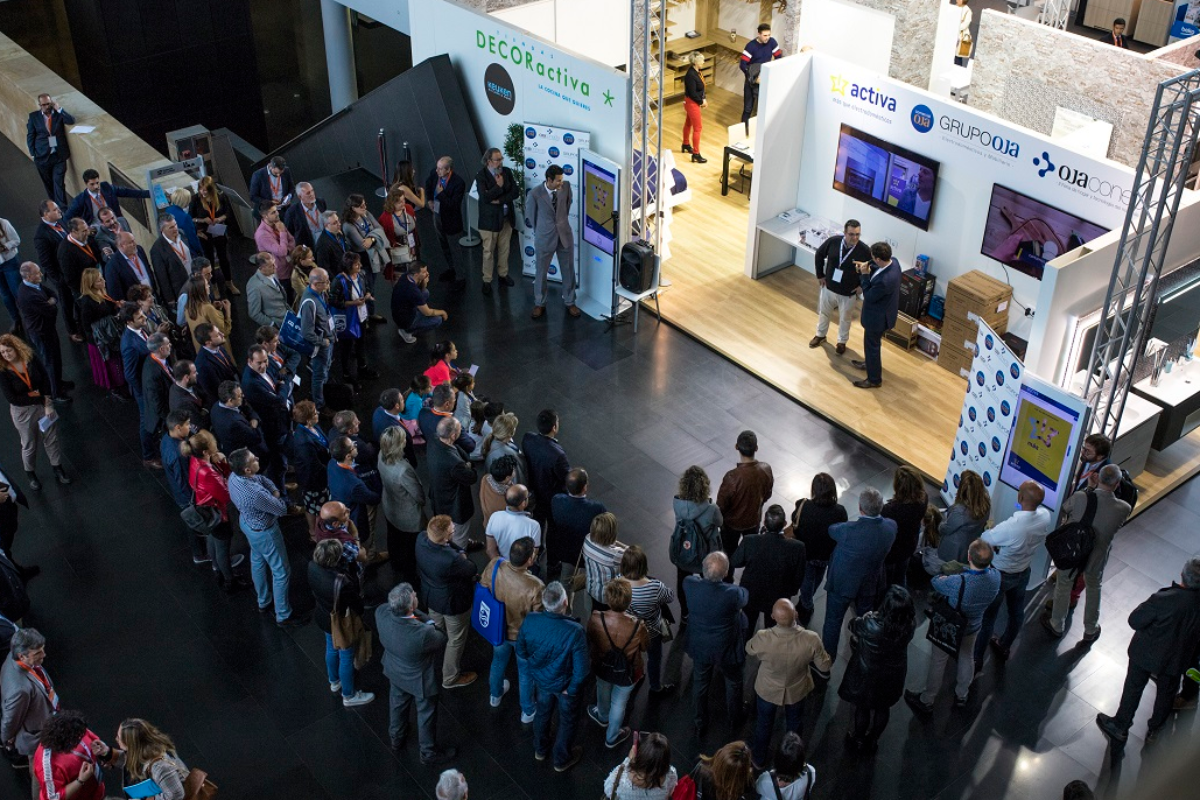 250 clientes y ms de 50 marcas se dan cita en la ii edicin de ojaconecta