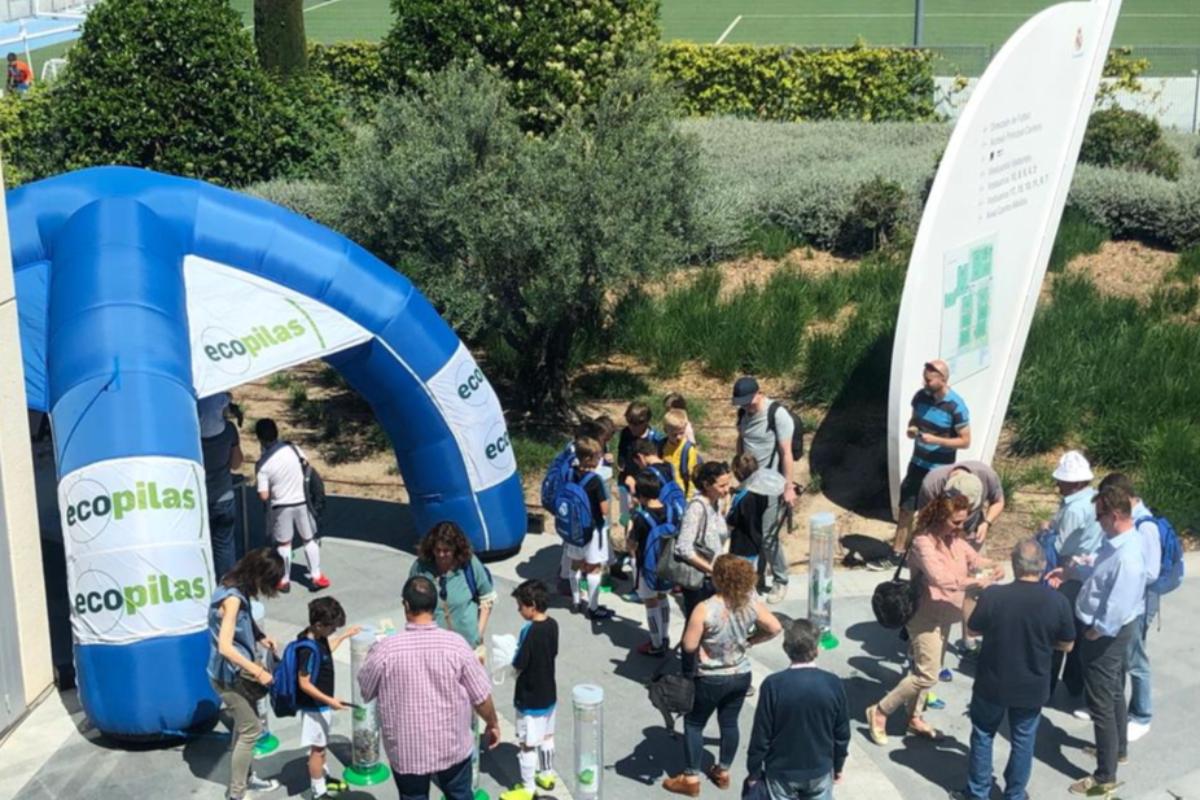 ecopilas inaugura su campaa de recogida estival con 710 kg de pilas reciclados