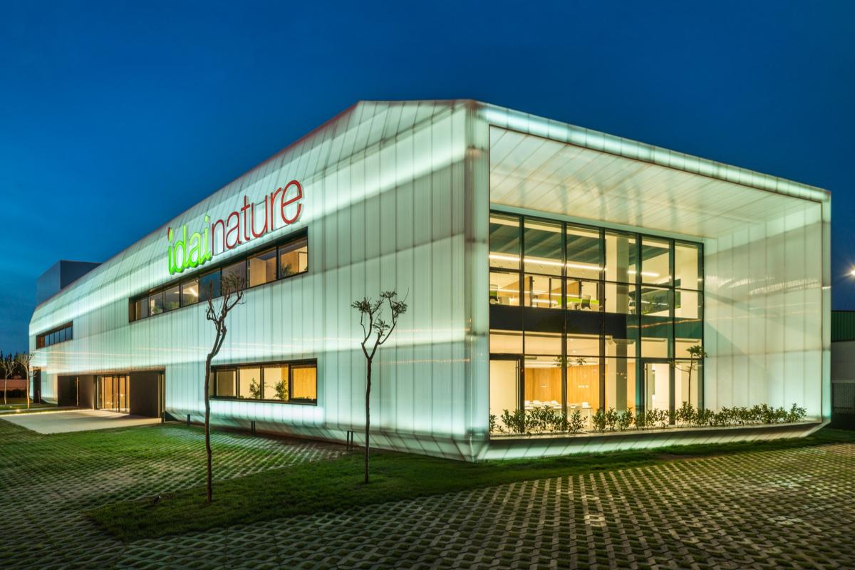 lg encargada de la climatizacin de las oficinas passivhaus de idai nature