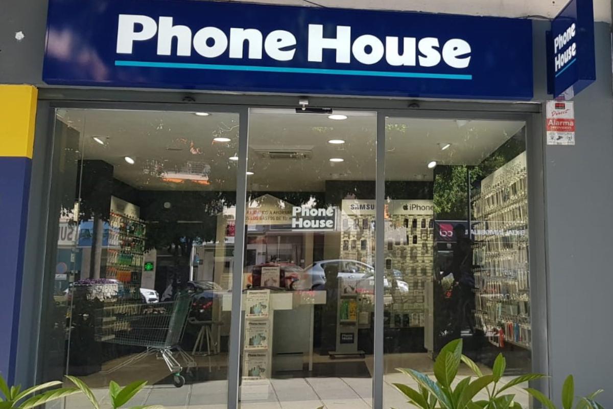 phone house inaugura tres nuevas tiendas