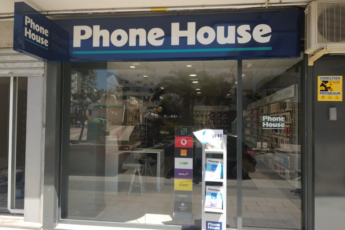 phone house inaugura dos nuevas tiendas
