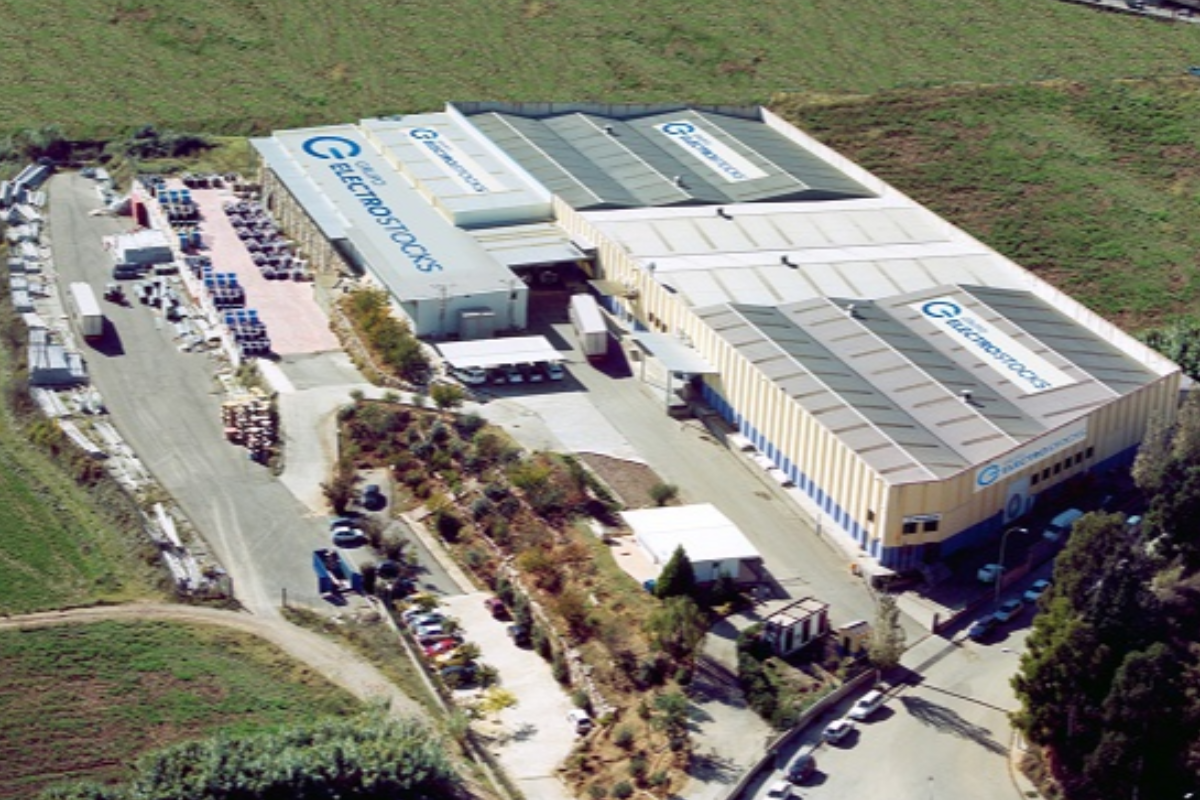 wrth electrical wholesale adquiere grupo electro stocks