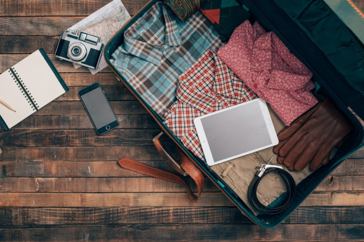 3-productos-tecnologicos-que-no-pueden-faltar-en-el-equipaje-para-estas-vacaciones-de-verano