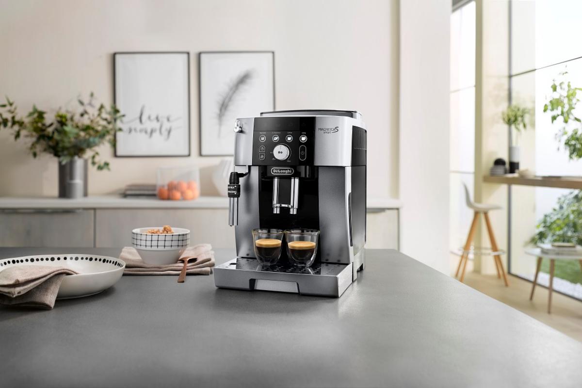 delonghi-presenta-sus-ultimas-novedades-en-cafeteras-espresso-y-deshumificadores