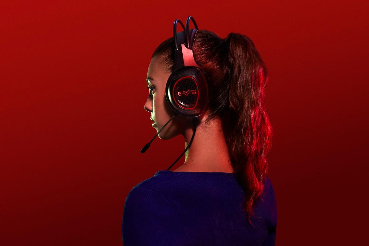 energy sistem da el salto a los auriculares gaming con su gama esg