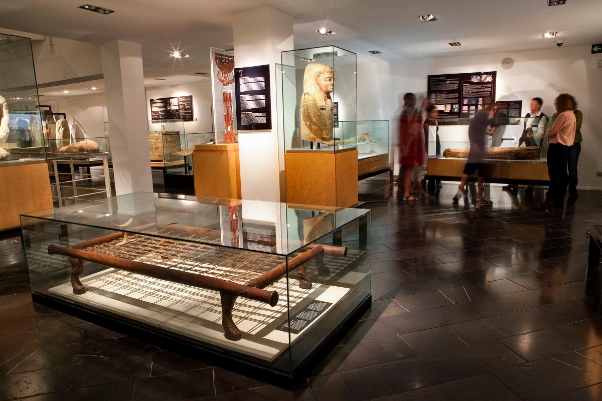 el museu egipci de barcelona y panasonic celebran la 2 edicin de la free friday night