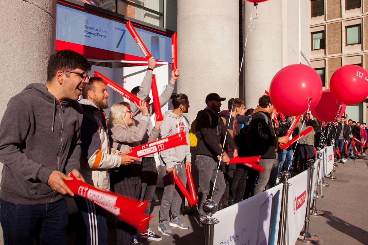 oneplus vuelve con una nueva popup store en barcelona