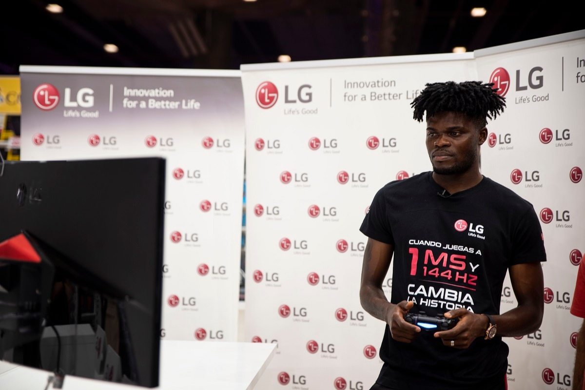 lg presenta junto a thomas partey su porfolio gaming ms avanzado en madrid games week