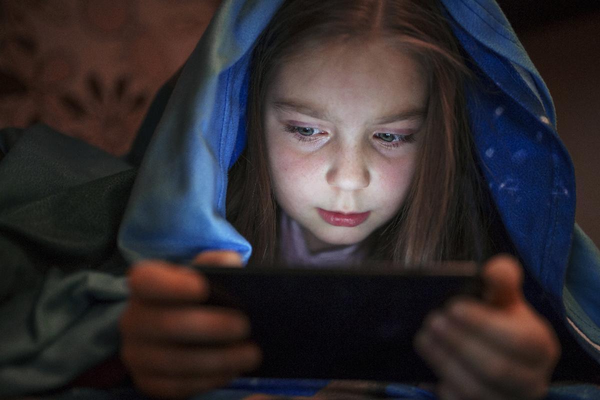 el-70-de-los-ninos-menores-de-15-anos-tienen-telefono-movil