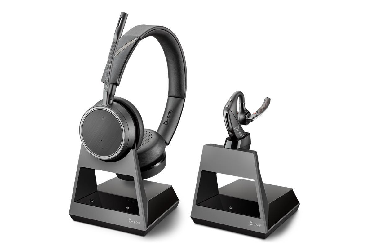 poly presenta dos auriculares para uso profesional con conectividad bluetooth