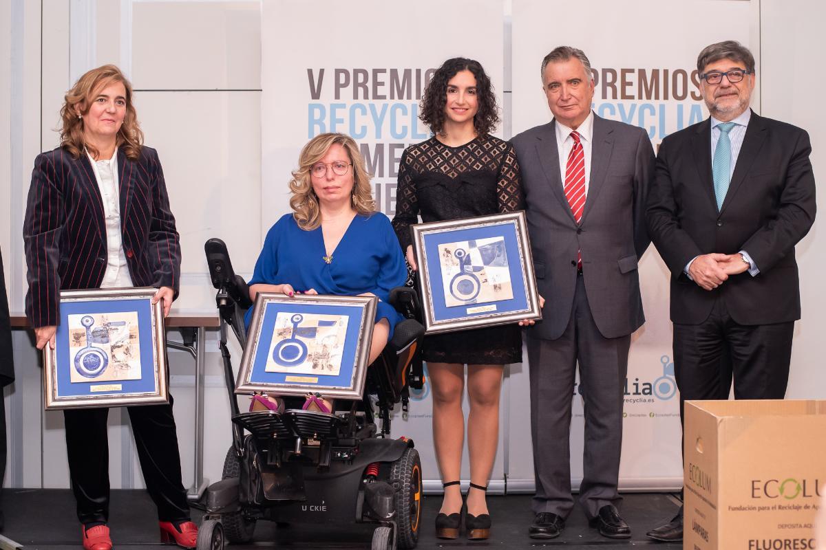 la 5 edicin premios recyclia reconoce la labor de amiab de fomentar la inclusin social