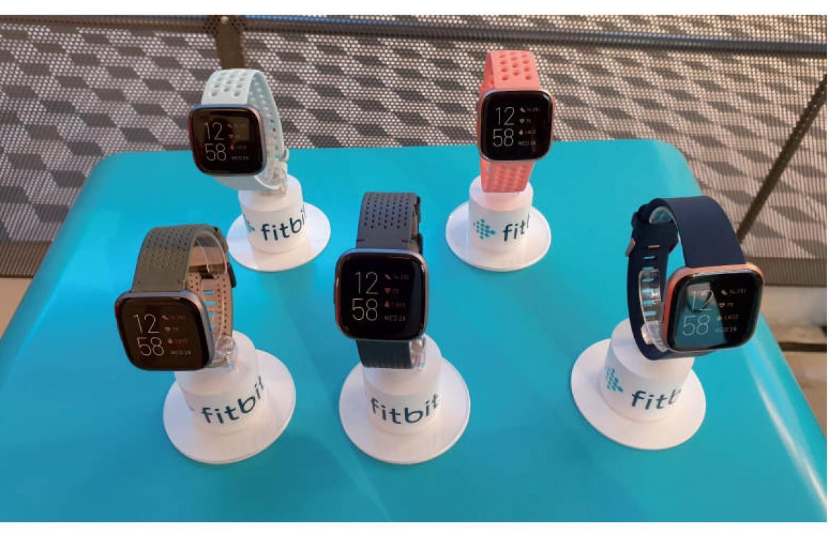 versa 2 el smartwatch premium de fitbit con reconocimiento de voz
