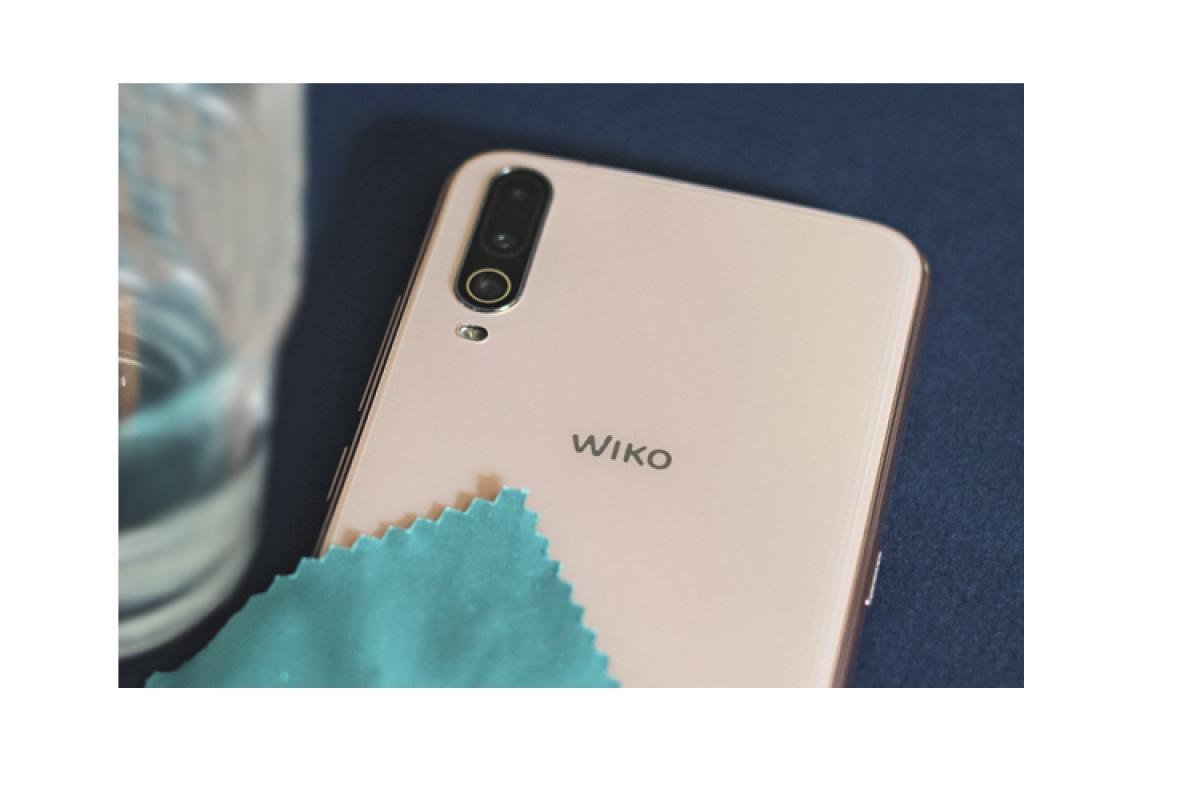 consejos de uso y limpieza del smartphone para prevenir posibles contagios por wiko