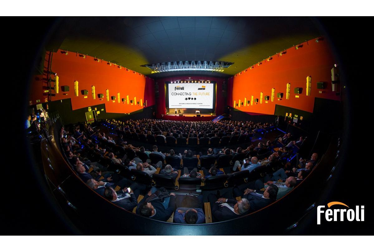 grupo ferroli presenta sus novedades en connecting the future en el teatro goya de madrid