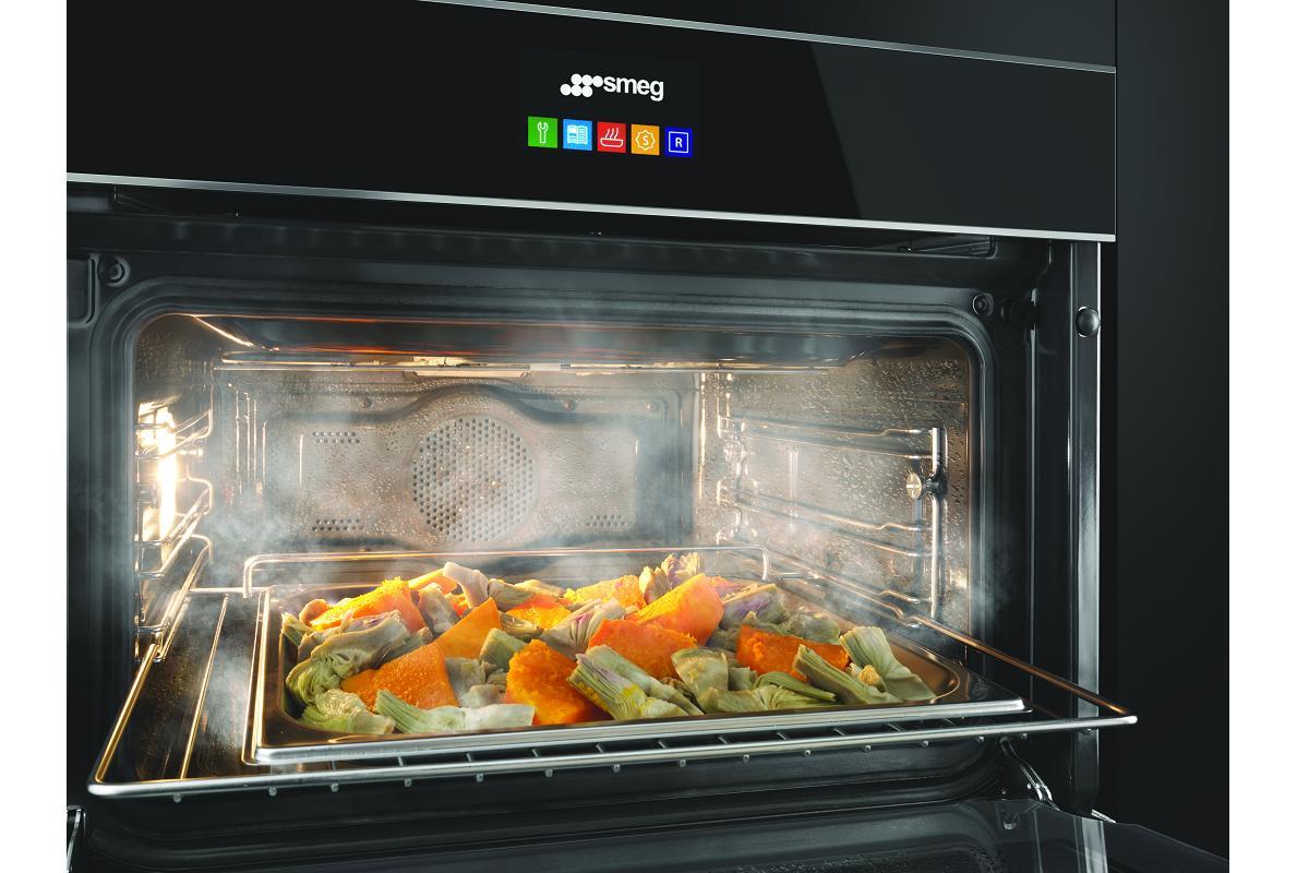 benefciate del cocinado al vapor con los hornos smeg