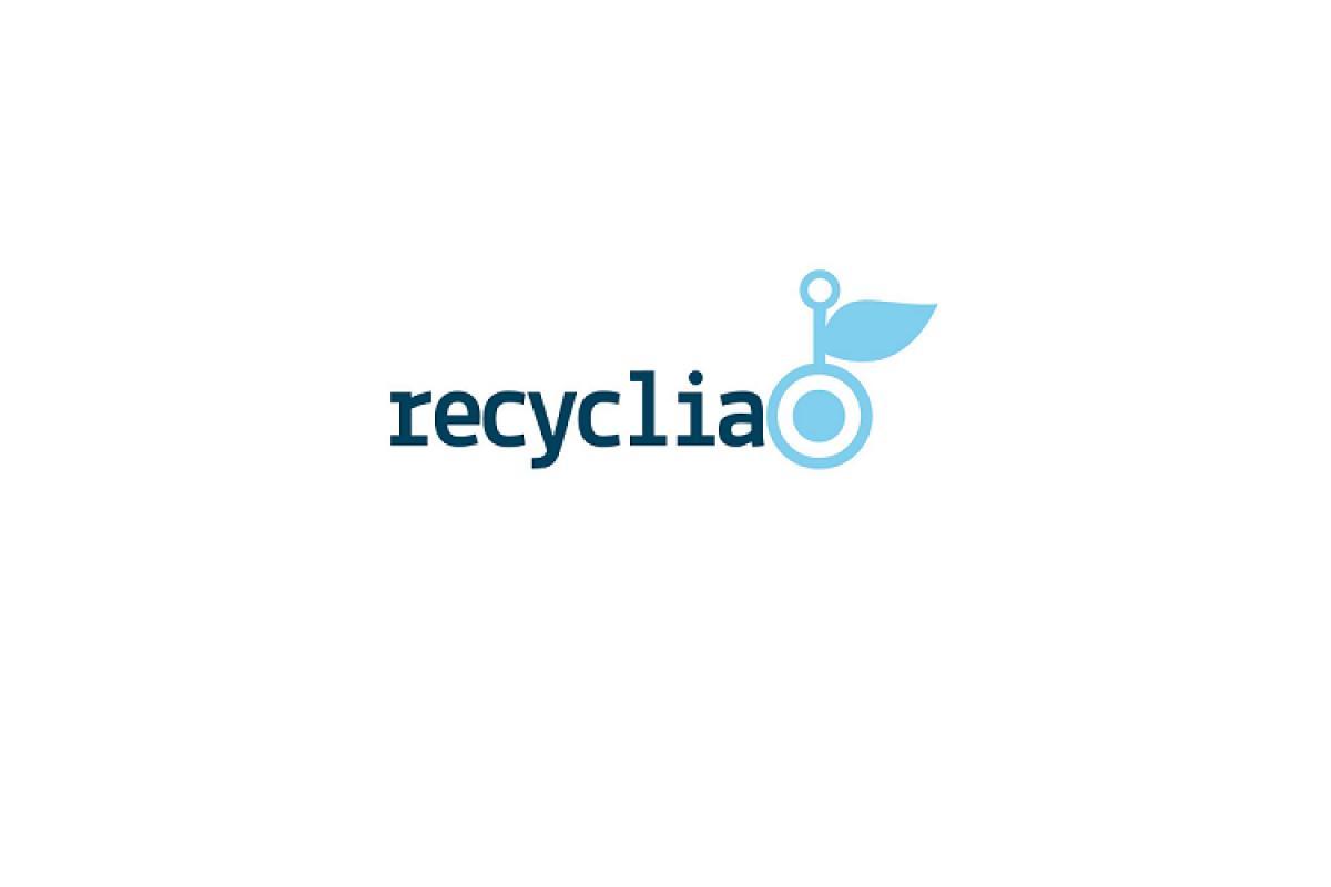 recyclia condena el hallazgo de 5000t de cartuchos de impresin en un almacn clandestino en murcia