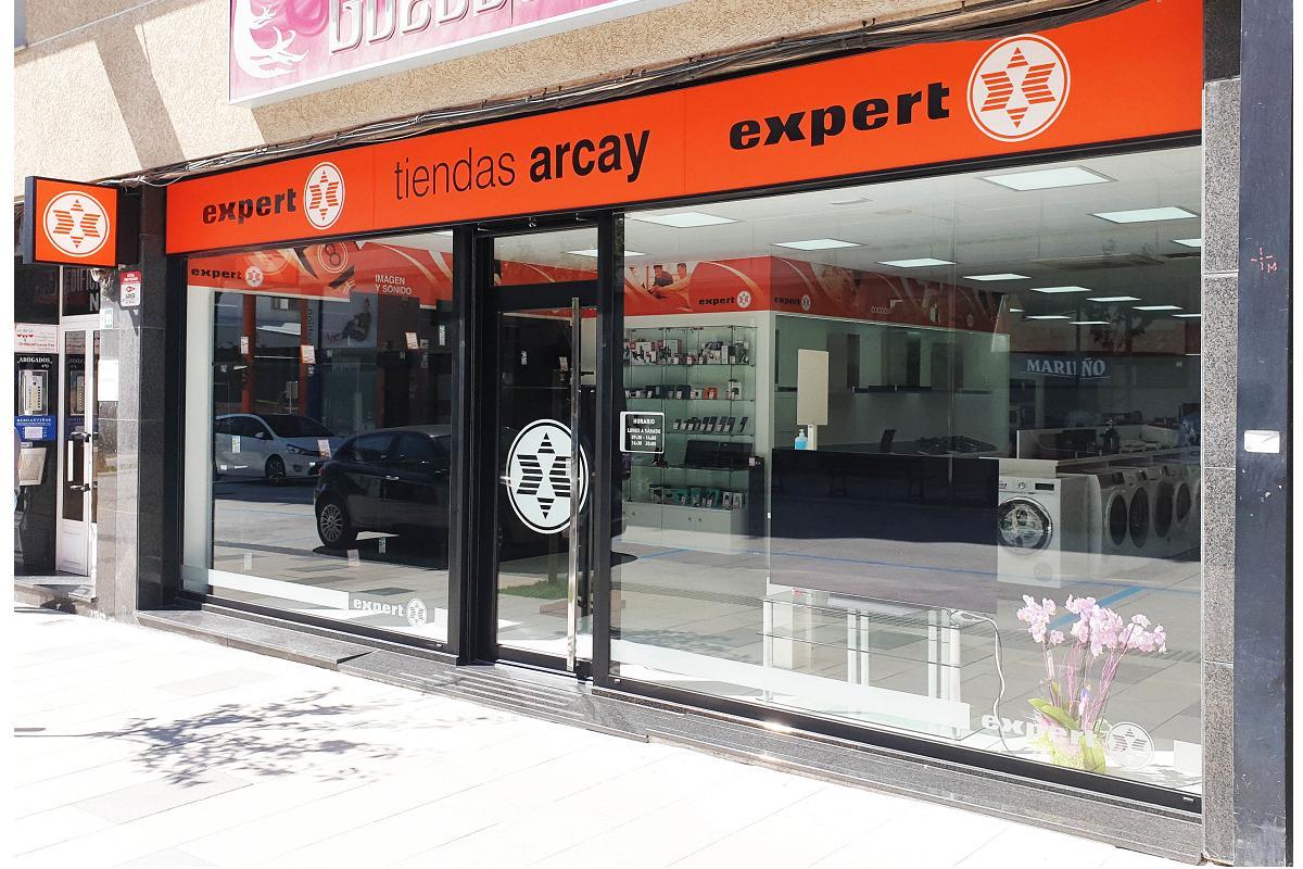 expert refuerza su presencia en galicia con dos nuevos establecimientos
