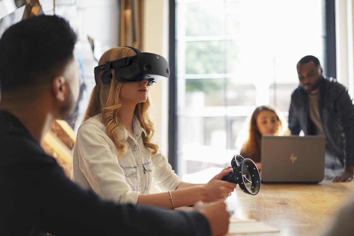 las gafas de realidad virtual hp reverb g2 disponibles en prereserva