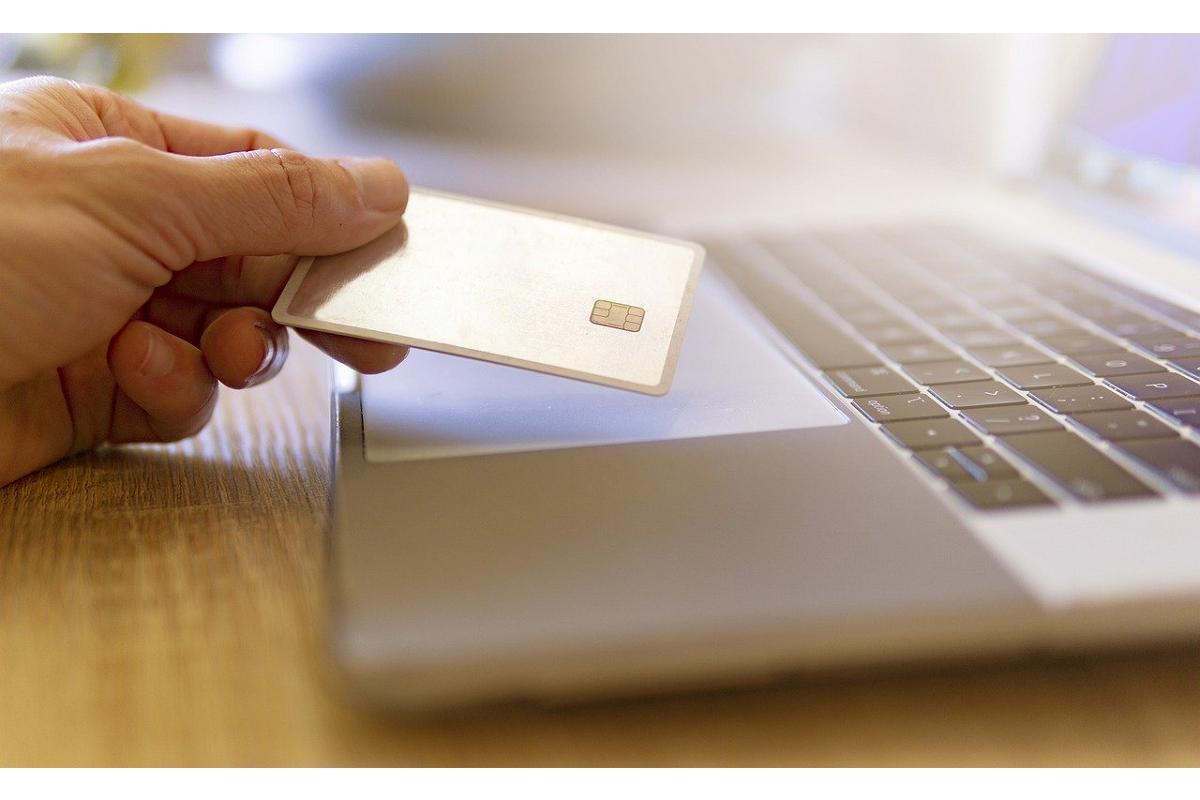 el 31 de los consumidores incrementa el uso de la banca online por el covid19