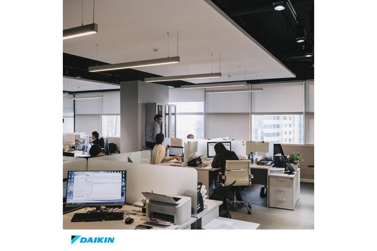 ms de la mitad de los trabajadores cree que el aire de la oficina est contaminado