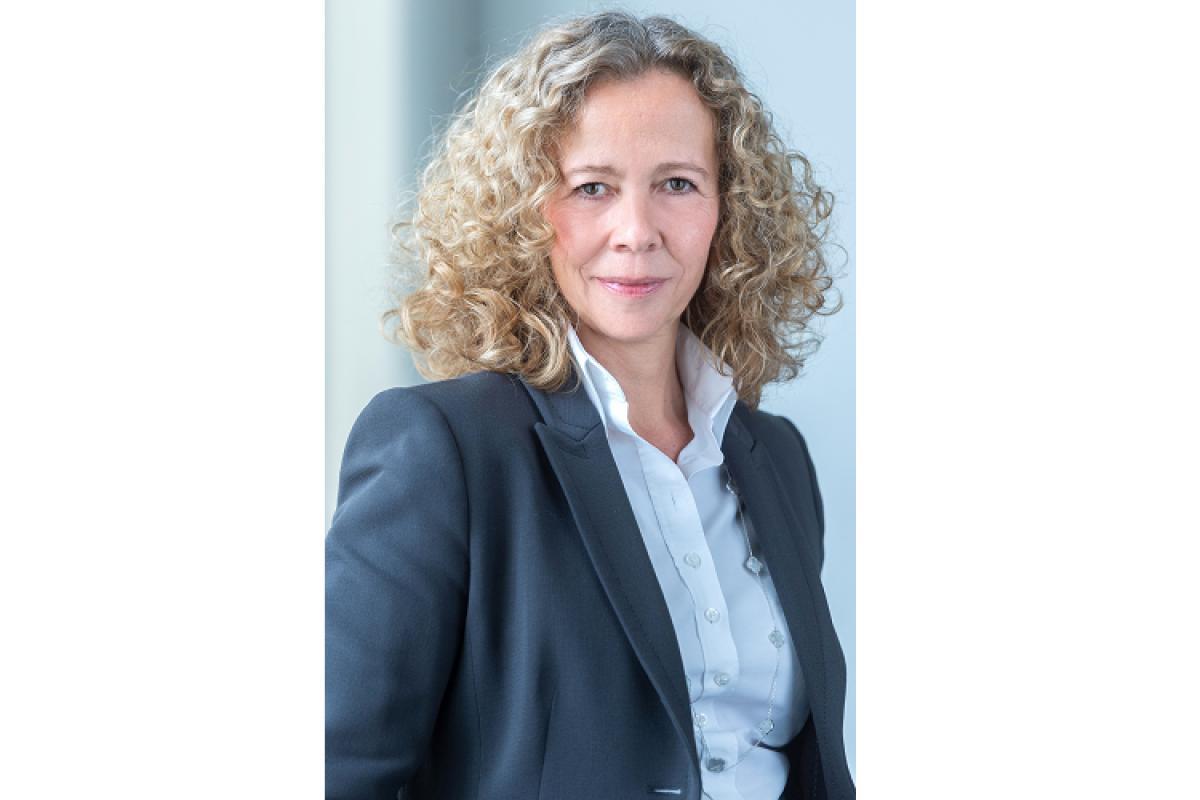 stefanie corinth nueva vicepresidenta de ventas senior para emea de nec
