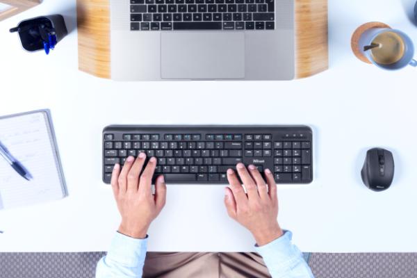 teclado-y-raton-ody-companeros-ideales-para-trabajar-comoda-y-efic