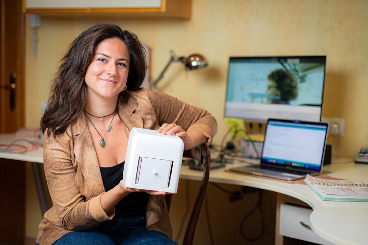 la ingeniera judit gir logra el james dyson award con su detector de cncer de mama