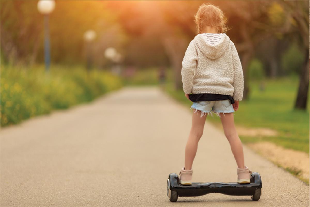 la demanda de patinetes y hoverboards crece ms del 1000 en un ao
