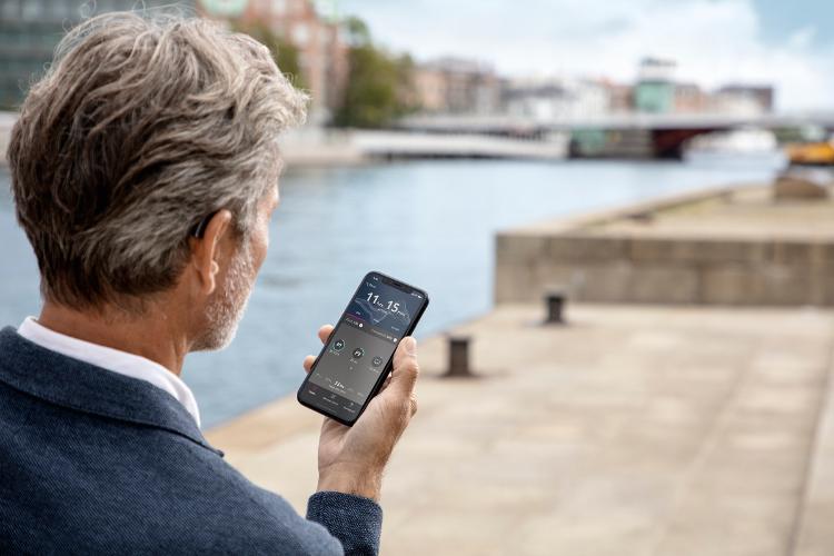 oticon avanza en el desarrollo de audfonos vinculados al hogar conectado