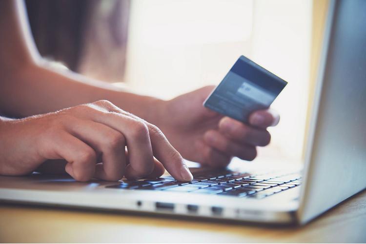 pese al aumento menos de un tercio de los consumidores se siente seguro al comprar online