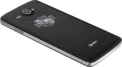 alianza de ngm y harley davidson para lanzar un nuevo dual sim con windows phone 81